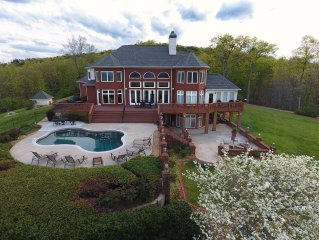 Luxurious Mountain Top Home with Pool Overlooking Breathtaking Panoramic Views!