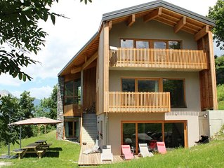 Large modern chalet 200 m2 spacious and comfortable with sauna