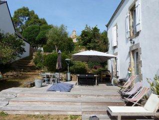 Grande maison familiale bretonne proche plages, commerces capacité 12 personnes