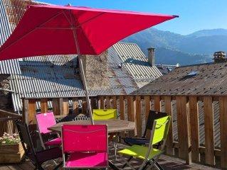 Rainbow House with view on Alpe d'Huez