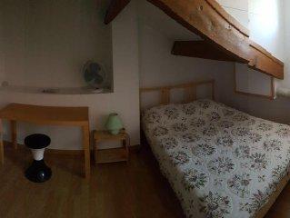 Appartement duplex calme, proche du port de Sète, 2 chambres pour 4 pers.