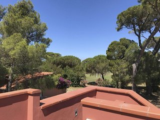 Spacious apartment in nineteenth century villa with park, pool and tennis court