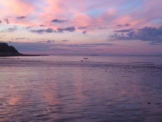 Beautiful Priscilla Beach House W/ Private Beach !! Coastal Oasis in minutes!!