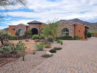 'Villa Montagne' Tuscan-Style 4BR Tucson House on Private 4-Acre Lot w/ Pool & S