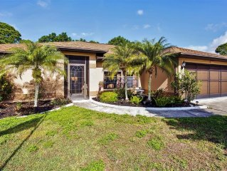 Lovely 3BR North Port House w/Screened Lanai, Private Pool & Wifi - Close Proxim