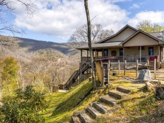 Majestic 3BR Maggie Valley Home on 1.5 Private Acres w/2 Fireplaces, Screened Po