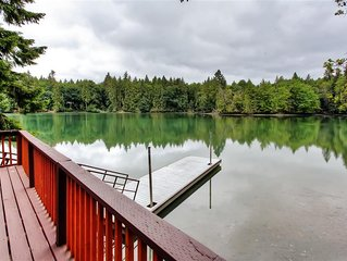 Secluded 2BR Olympia Cabin on the Eld Inlet of the Puget Sound w/Private Dock &