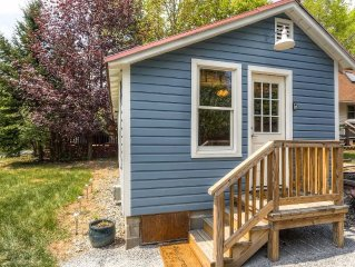 Americade Availability! Charming, Recently Renovated Bolton Landing Cottage w/Wi