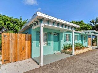 Brilliant 1BR Madeira Beach Apartment w/Wifi, Private Patio & Brand New Kitchen