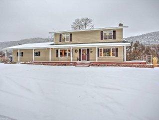 3BR Glenwood Springs House w/ Acreage - Near Skiing!