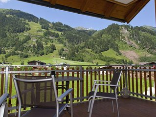 Prime Location Luxury First Floor Apartment overlooking the Rauris Valley.