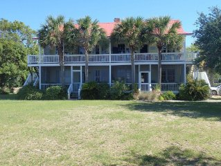 Premium Beachfront Condo!  2 Spring weekend rental dates available!