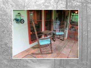Aunt Nell's Tallulah River Cabin - Hike, Bike, Fish, Honeymoon