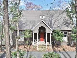 Recently Renovated! 'I Love View' - 4BR Jasper Home w/Private Hot Tub, Gas Grill