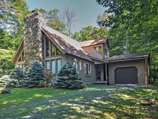 'The Chalet' - Serene 3BR Gouldsboro House