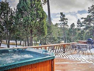 'Deer Country Cabin' - 3BR Alto Cabin w/Hot Tub & WiFi - Near Ski Area & Ruidoso