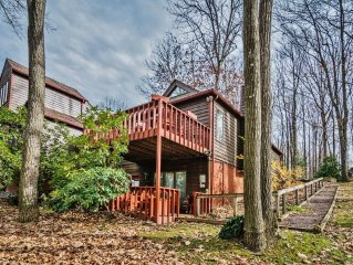 Serene 2BR Farmington Condo at Nemacolin Woodlands Resort w/Private Deck & Lovel