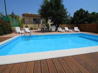 Villa avec piscine privée et jardin