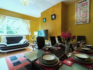 3 mins to Tube, Newly updated Spacious, Light, 2Bed/1.5 Bath; Camden - Sleeps 8