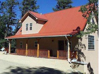 Upper Canyon with secluded views yet close to town in Ruidoso