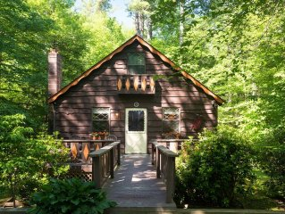 River Cabin in the Blue Ridge Mountains (Land Harbor)