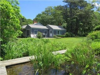 On the water in Chatham! Private, serene pond front cottage.