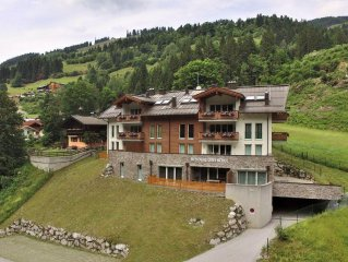 Luxury accommodation right at the famous Saalbach-Hinterglemm