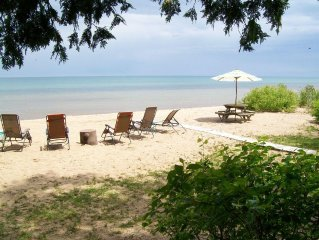 Peaceful beach retreat - Closed for the season due to high water levels.