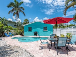 Steps To The Beach, Private & Heated Pool, Renovated - Save On Weeks In Dec!