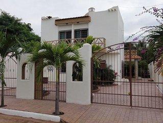 Beautiful Casa Las Palmas in Guayabitos 4 BR/4 Bath Jacuzi 2 blocks to the Beach
