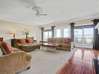 12 Bedrooms, 9 Bathrooms, Sleeps 24/Ocean Front/Perfect for Family Reunions
