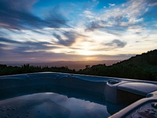 Mountain Top Vineyard House on Private 60 Acre Vineyard