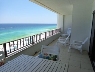 Gulf Front-2BR/2BA~AVAIL MARCH 17-30~20% DISCOUNT~BEACH SETUP INCLUDED!