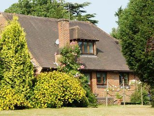 Flat near Dorking, Surrey, Private Self Catering, Self Contained Flat