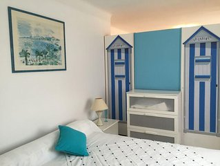 close to CANNES Beaches 5 bedrooms 2 apartments Villa AC WIFI  Free Parking