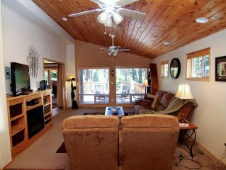 (#33) Cabin at Hyatt Lake - Hot Tub - Sleeps Six