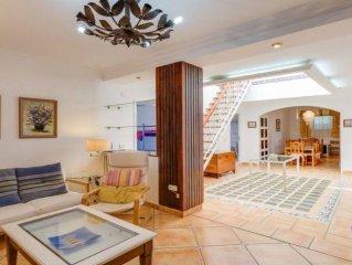 Alojamiento de 5 a 15 plazas Parque Natural Alcornocales, Cadiz, Andalucia Spain