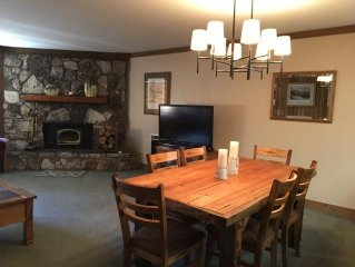 Mountainback #59 now dog friendly! Steps away from free shuttle to ski area, The