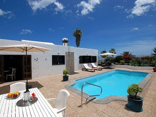 Typical Canarian House with heated pool next to the ocean!