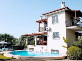 Villa With Private Pool, Peaceful Location Next To An Olive Grove.