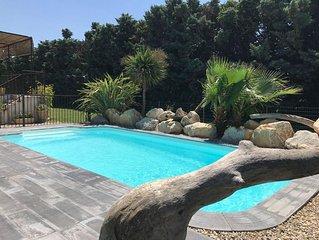 Villa quiet, air-conditioned, heated pool, Sauna, between Saint Remy & Avignon.
