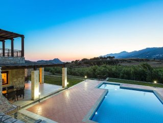 Private pool, sea view, BBQ facilities,walking distance, CAR RENTAL INCLUDED*