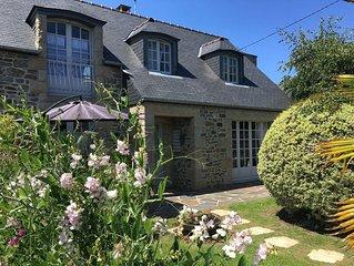 200 m BEACH stone house with garden