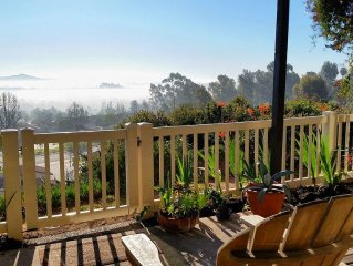San Diego, Encinitas max 4 people Nice Mountain View 55 year old + community
