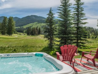 Lone Wolf - BACKS ONTO GREYWOLF,  GOLF COURSE VIEWS & PRIVATE HOT TUB!