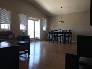 Beautiful Spacious Double Master Suite 1/2 block to Beach, Ocean View Balcony