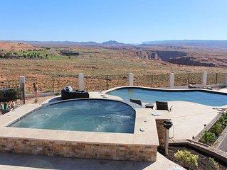 Pool & Spa - 7 Bedrooms / 4 baths Spectacular Views - 4300 sq ft. - Beautiful