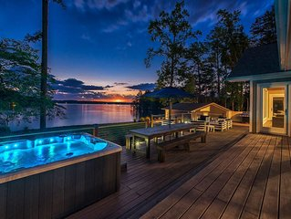 Lakefront Luxury with Separate Guest House