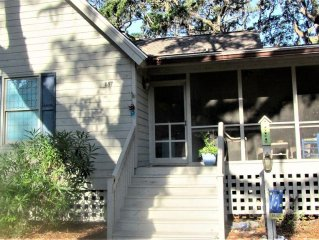 serene cottage designed with comfort in mind on 5th fairway. 6 minutes to beach