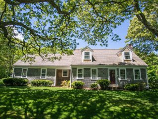 Large, Charming Cape Cod Home Close To Orleans And Chatham Beaches